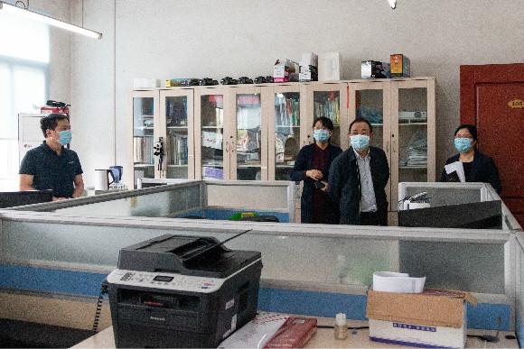 科技厅田云辉副厅长一行赴四川省科学技术信息研究所检查指导疫情防控与复工复产工作